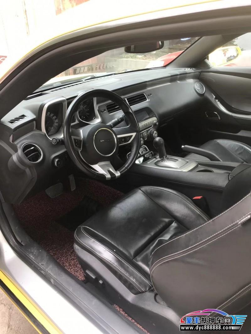 13年雪佛兰科迈罗小型车抵押车出售