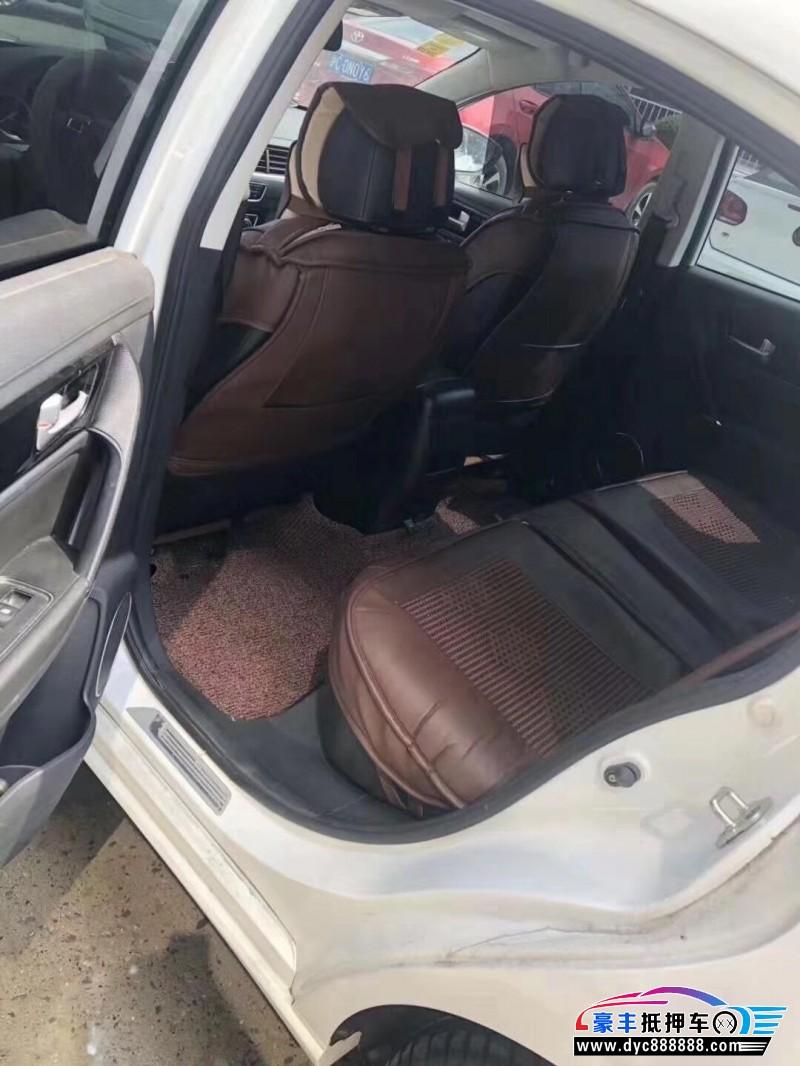 18年东风风行景逸S50轿车抵押车出售
