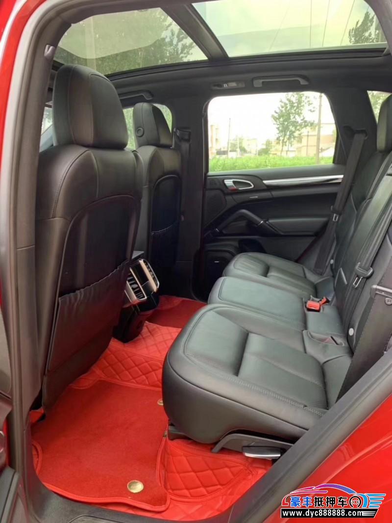 抵押车出售17年保时捷卡宴SUV
