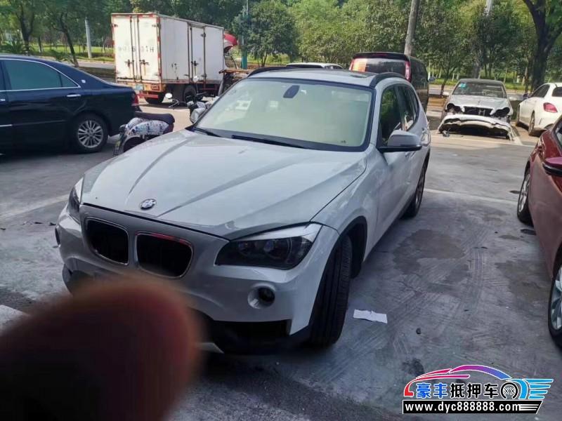 13年宝马X1SUV抵押车出售