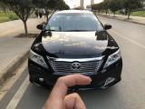 亚博在线注册车出售12年丰田凯美瑞轿车