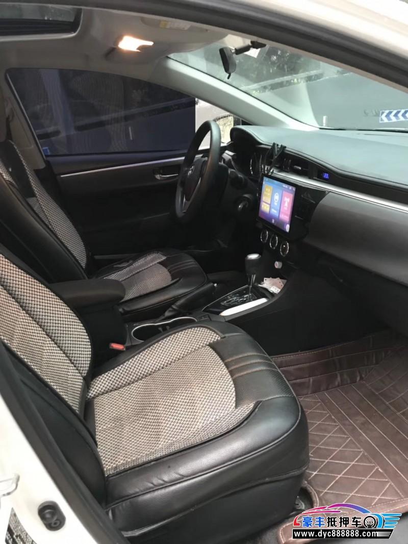 16年丰田雷凌轿车抵押车出售