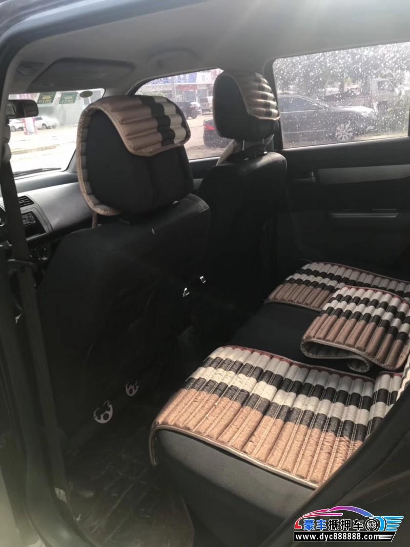 抵押车出售17年铃木雨燕轿车
