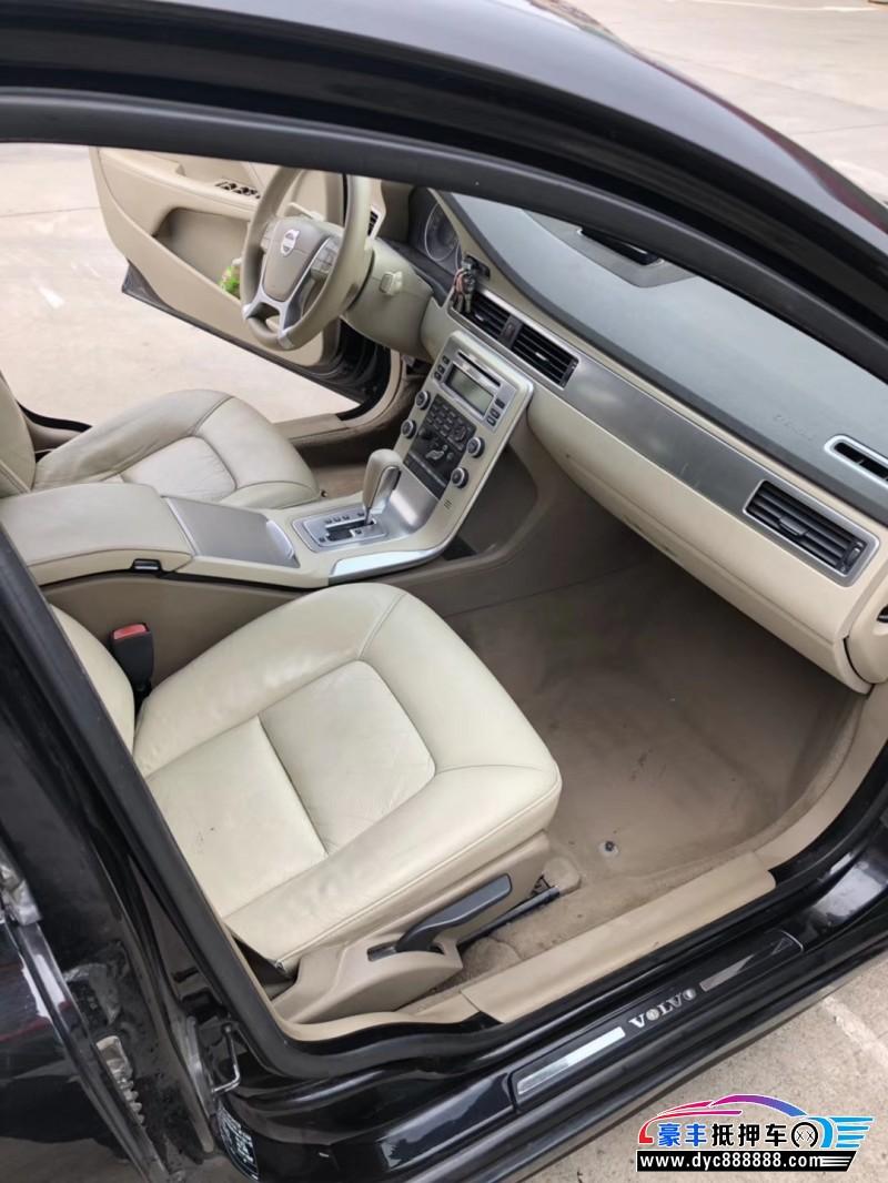 抵押车出售11年沃尔沃S80轿车