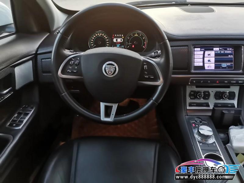 13年捷豹XF轿车抵押车出售