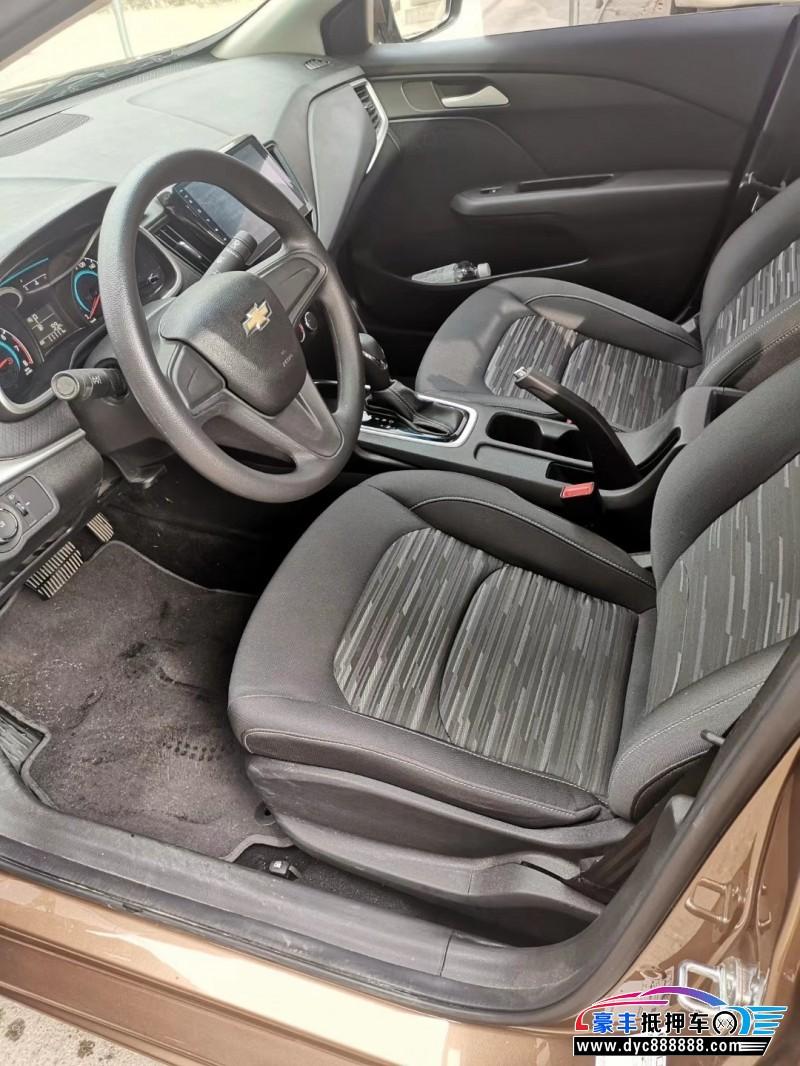 17年雪佛兰科沃兹SUV抵押车出售
