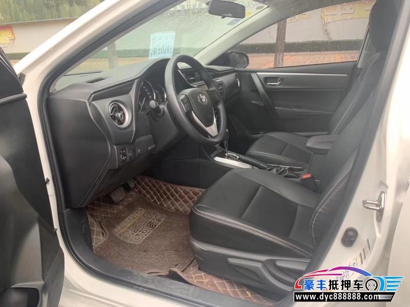 17年丰田卡罗拉轿车抵押车出售