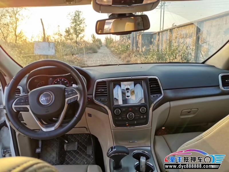 18年Jeep大切诺基SUV抵押车出售