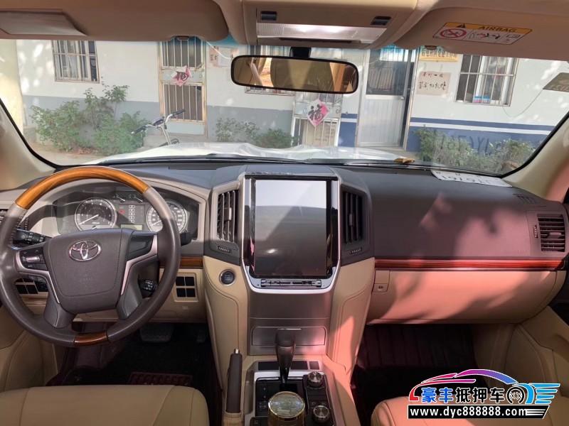 17年丰田兰德酷路泽SUV抵押车出售