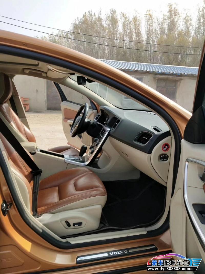 11年沃尔沃S60轿车抵押车出售