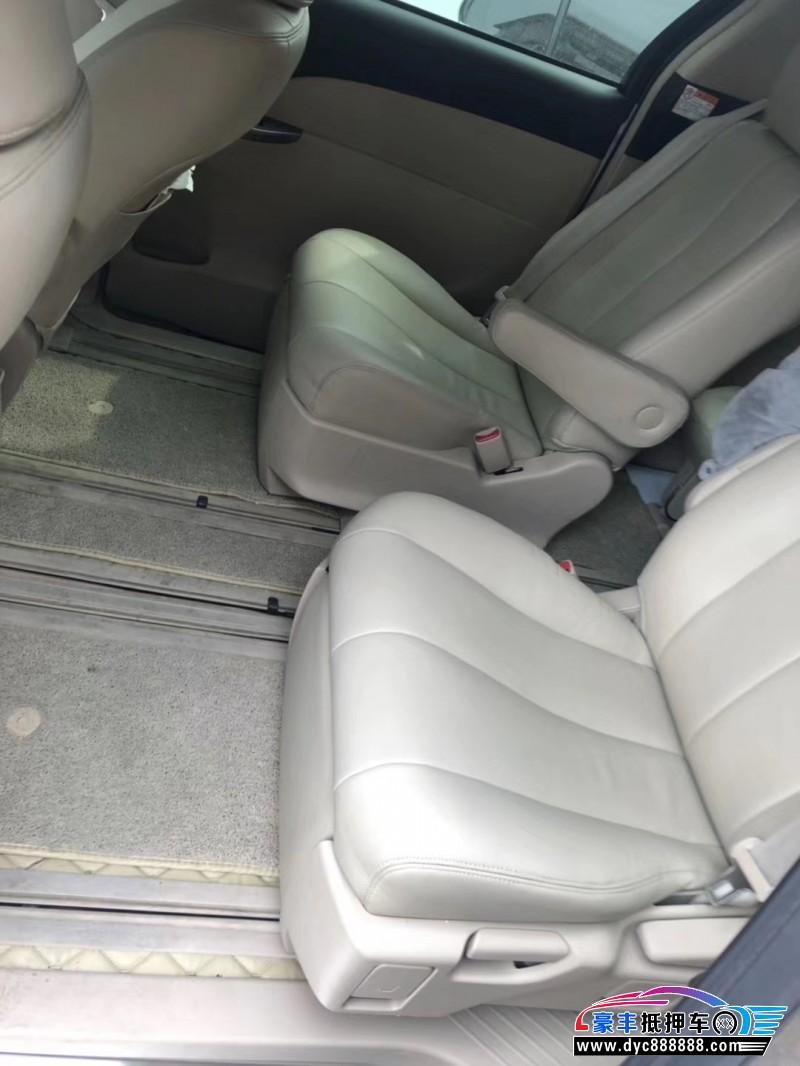 抵押车出售18年丰田普瑞维亚MPV