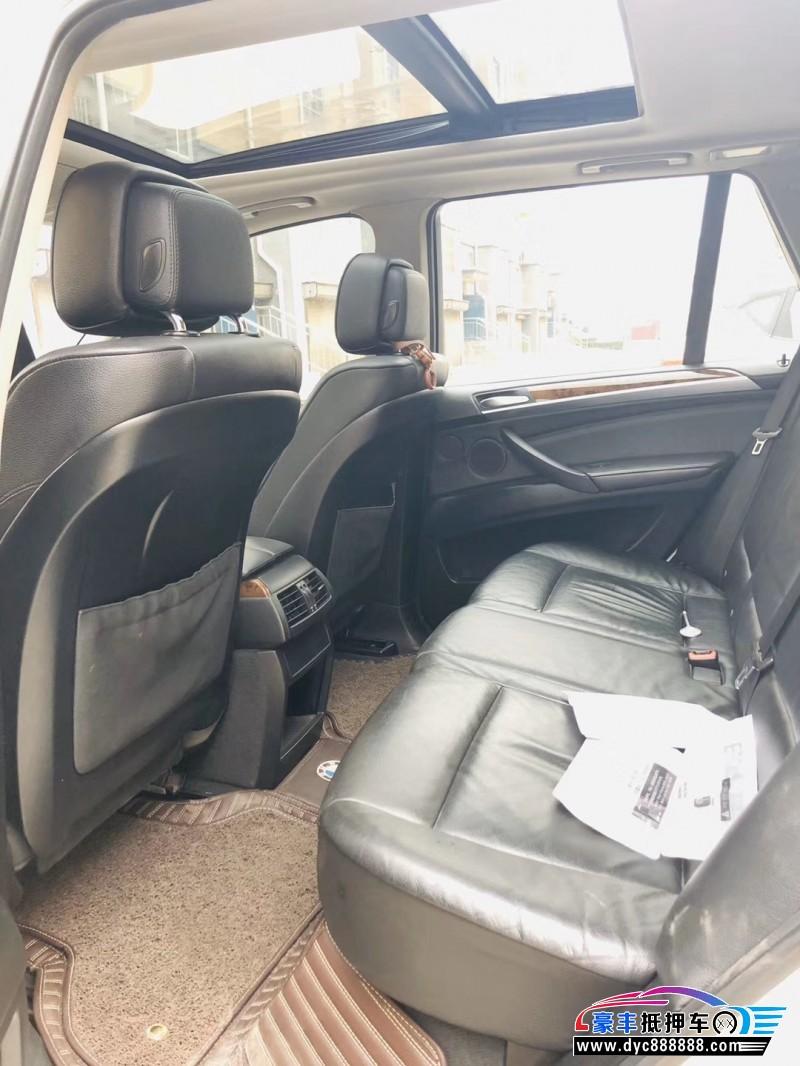 抵押车出售12年宝马X5SUV