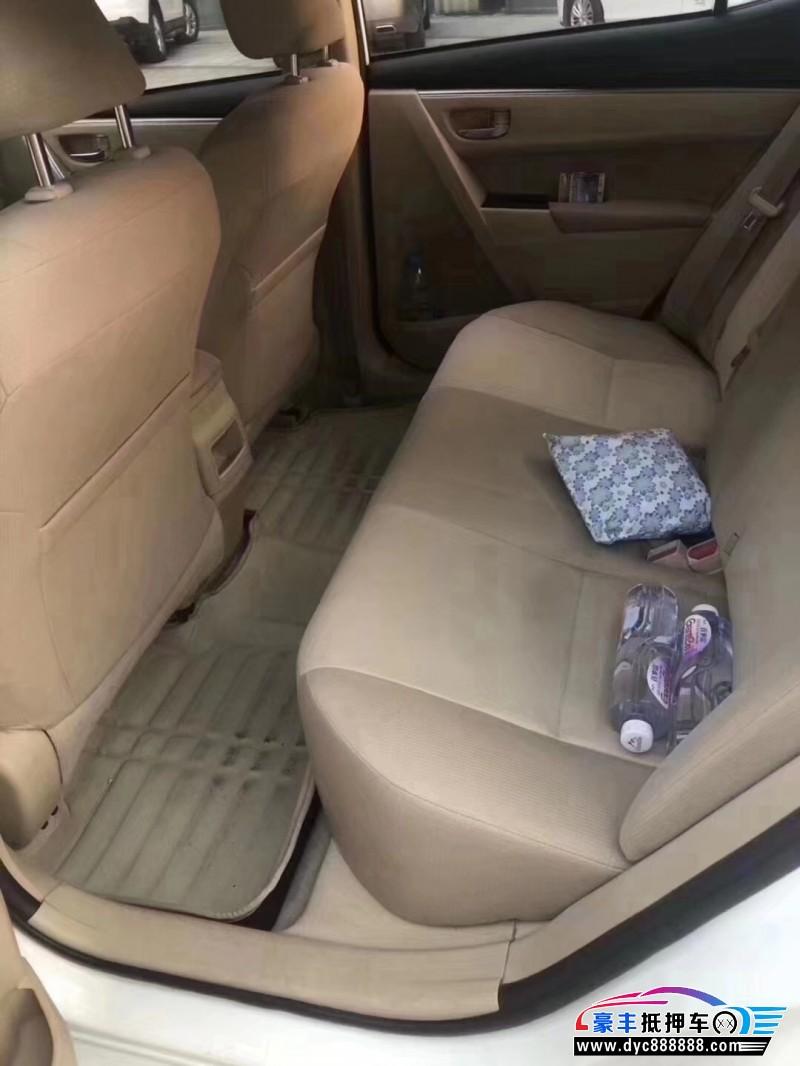 15年丰田卡罗拉轿车抵押车出售