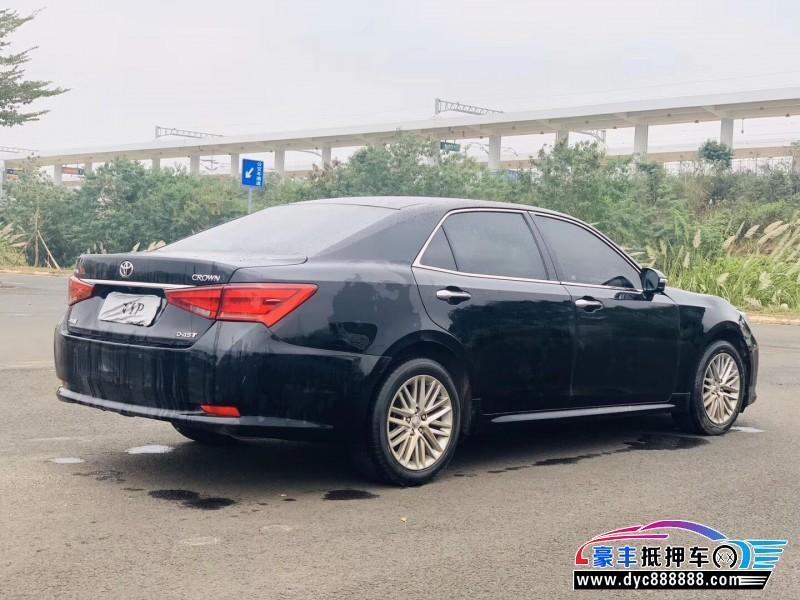 17年丰田皇冠轿车抵押车出售