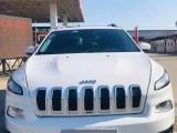 17年Jeep自由光SUV抵押车出售