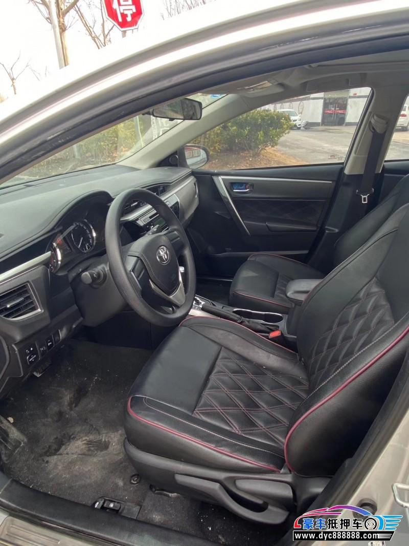 16年丰田卡罗拉轿车抵押车出售