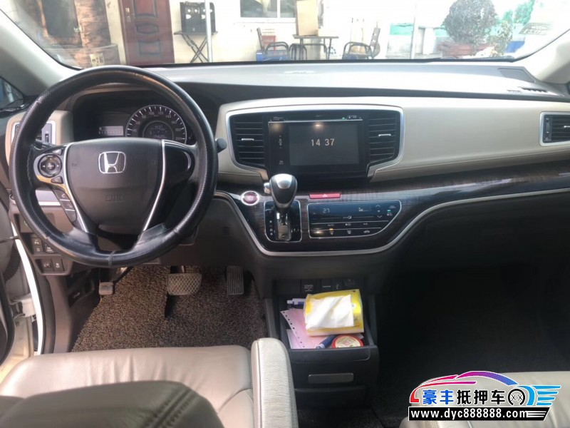 抵押车出售15年本田奥德赛MPV