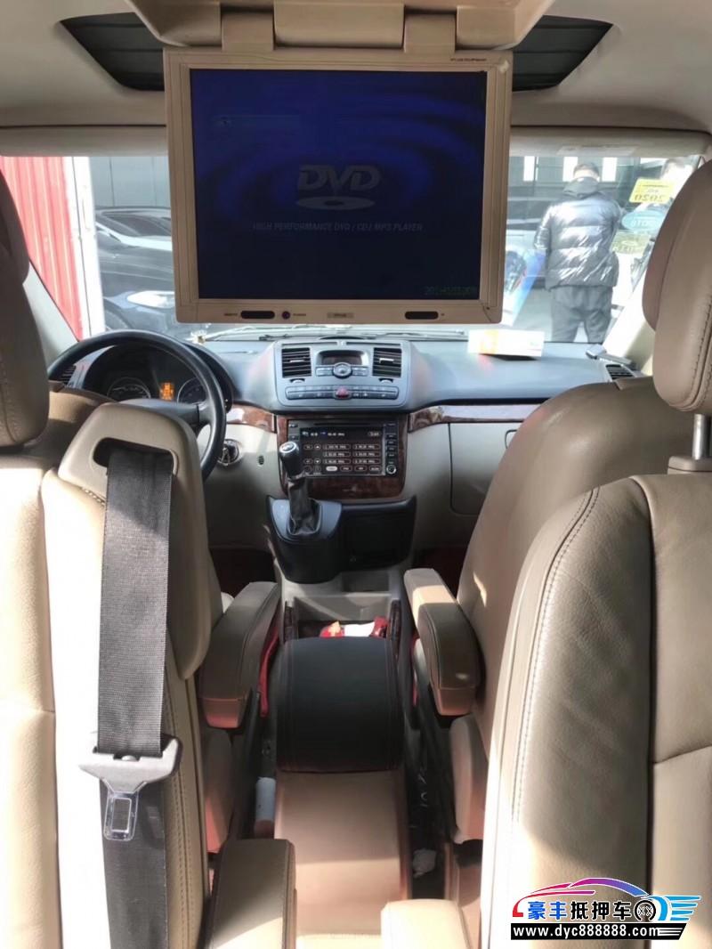 11年奔驰唯雅诺MPV抵押车出售