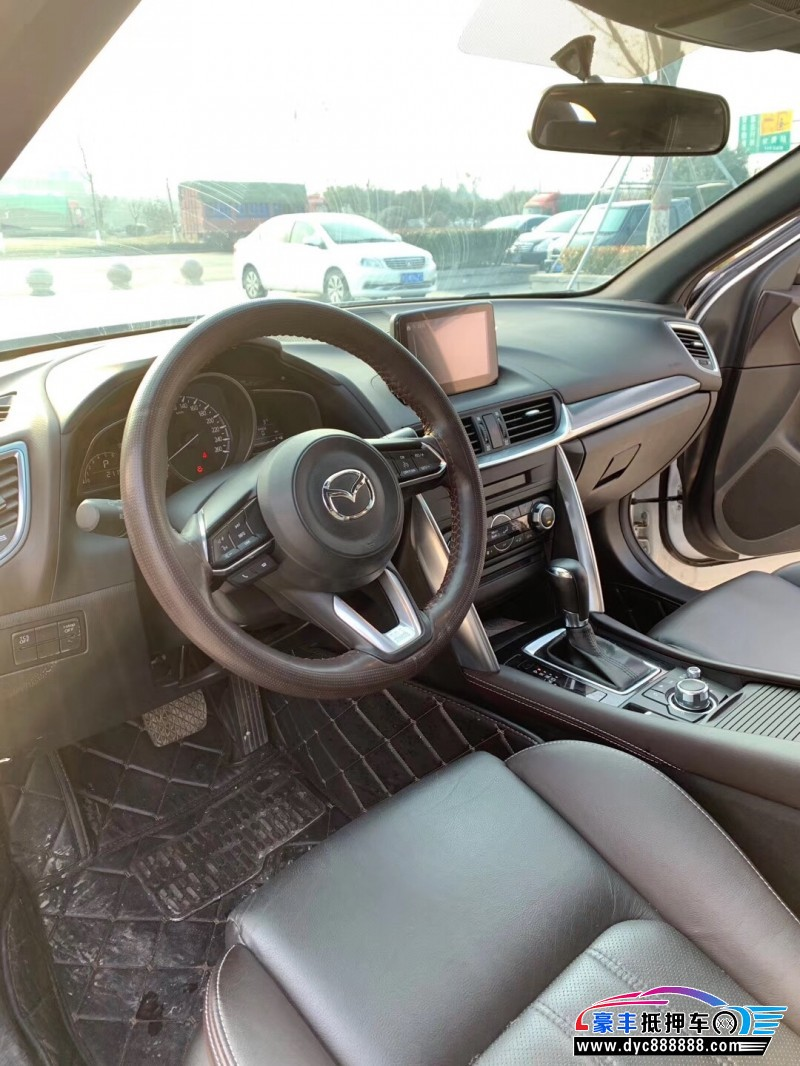 抵押车出售18年马自达CX-4SUV