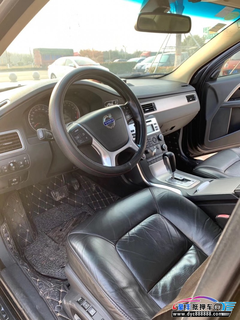11年沃尔沃S80轿车抵押车出售