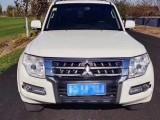 抵押车出售16年三菱帕杰罗SUV