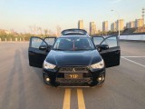 抵押车出售15年三菱劲炫SUV