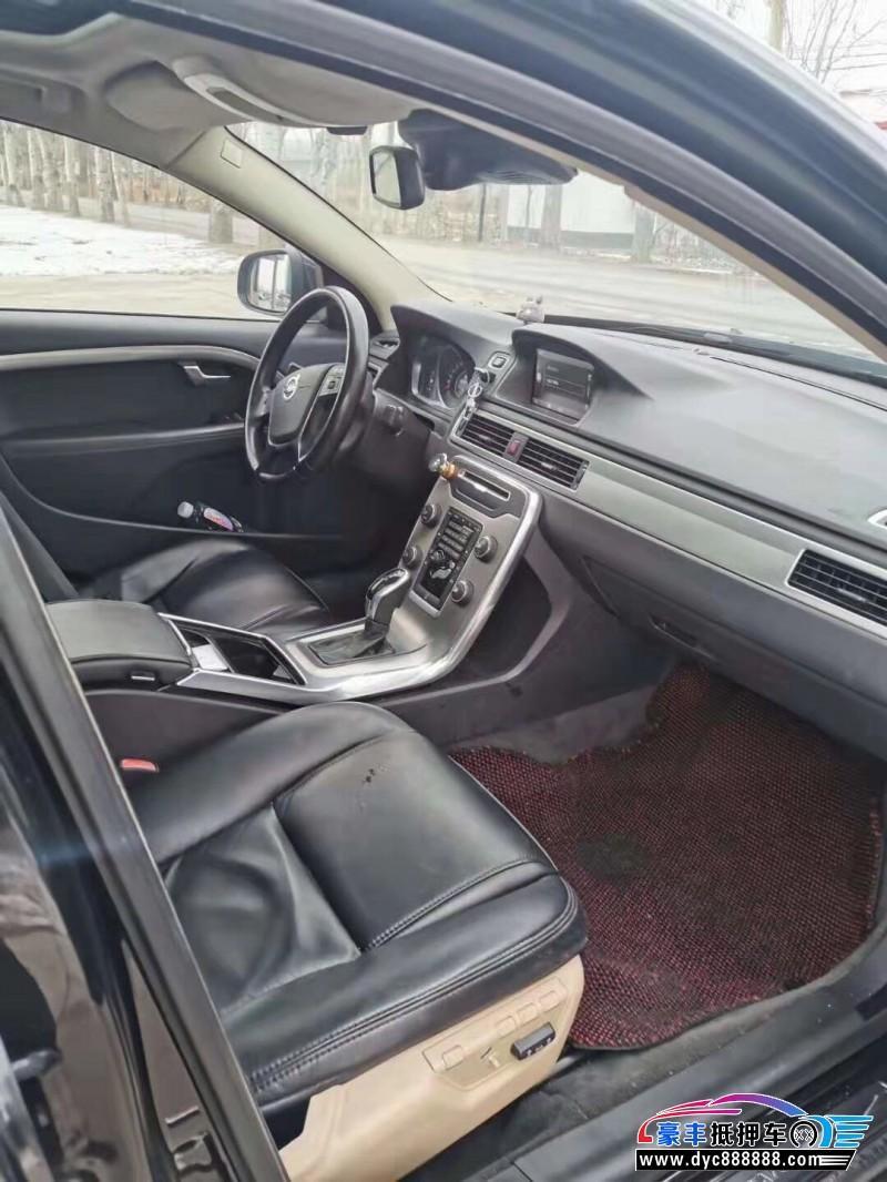 抵押车出售14年沃尔沃S80轿车