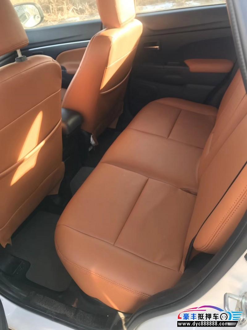 14年三菱劲炫SUV抵押车出售