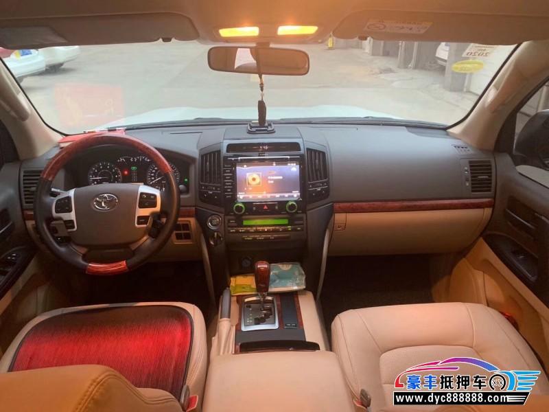 抵押车出售16年丰田兰德酷路泽SUV