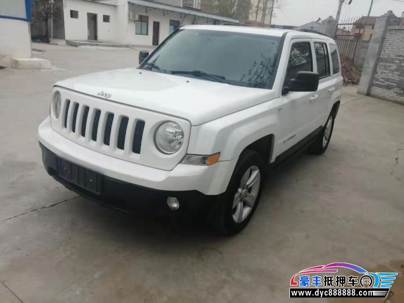 15年Jeep自由客SUV抵押车出售