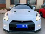 抵押车出售15年日产GT-R跑车