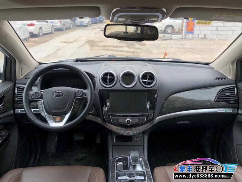抵押车出售16年比亚迪唐SUV