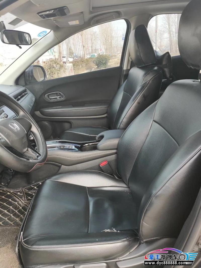 抵押车出售18年福特福睿斯SUV