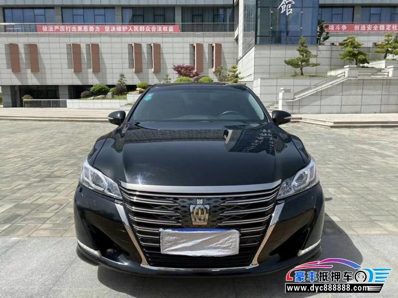 抵押车出售19年丰田皇冠轿车