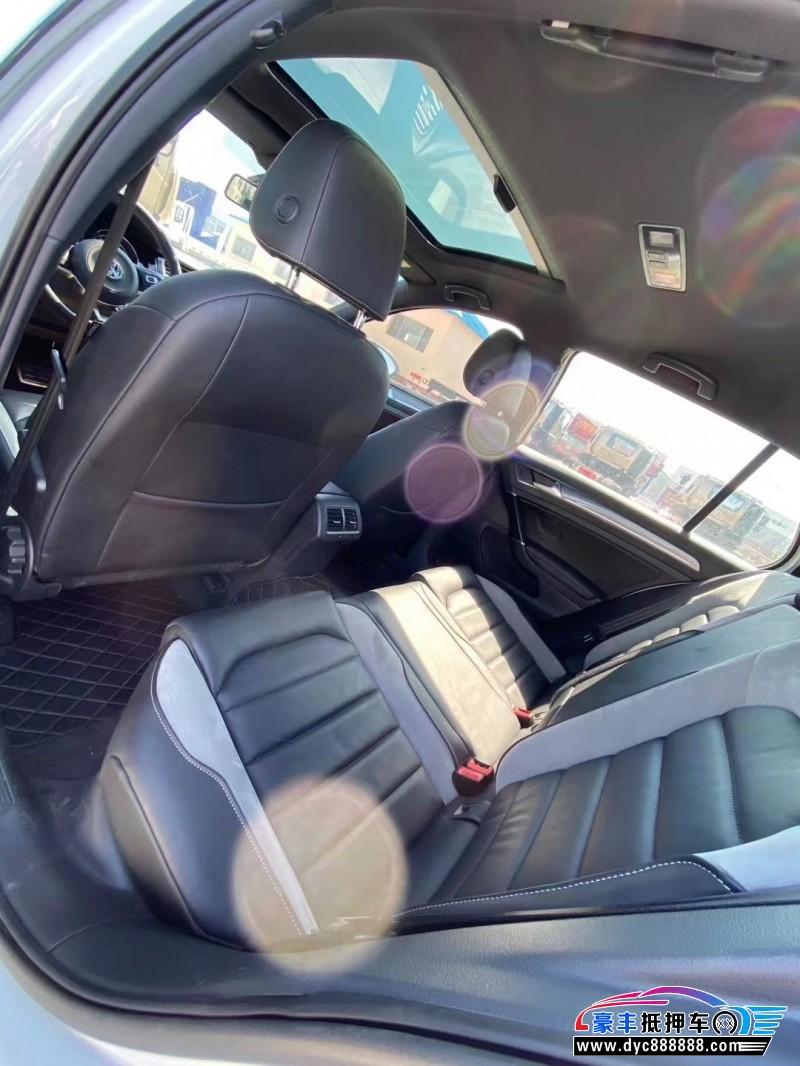 18年大众高尔夫SUV抵押车出售