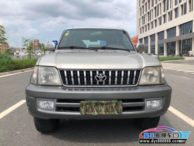 抵押车出售02年丰田陆地巡航舰SUV