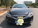抵押车出售17年丰田锐志轿车
