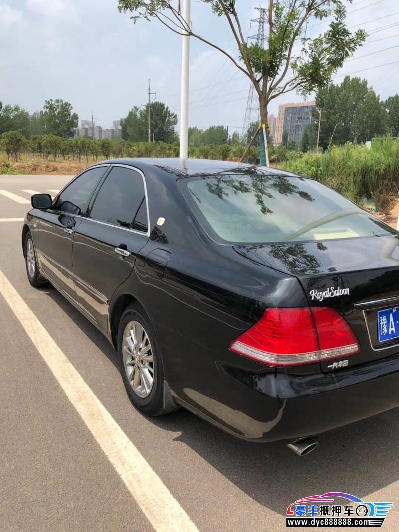 09年丰田皇冠轿车抵押车出售