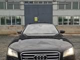 抵押车出售12年奥迪A8轿车