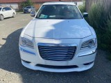 抵押车出售14年克莱斯勒300C轿车