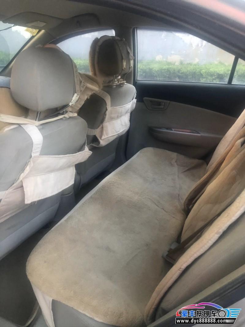 13年长安悦翔V5轿车抵押车出售