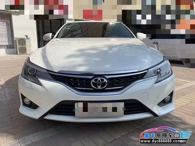 抵押车出售15年丰田锐志(海外)轿车