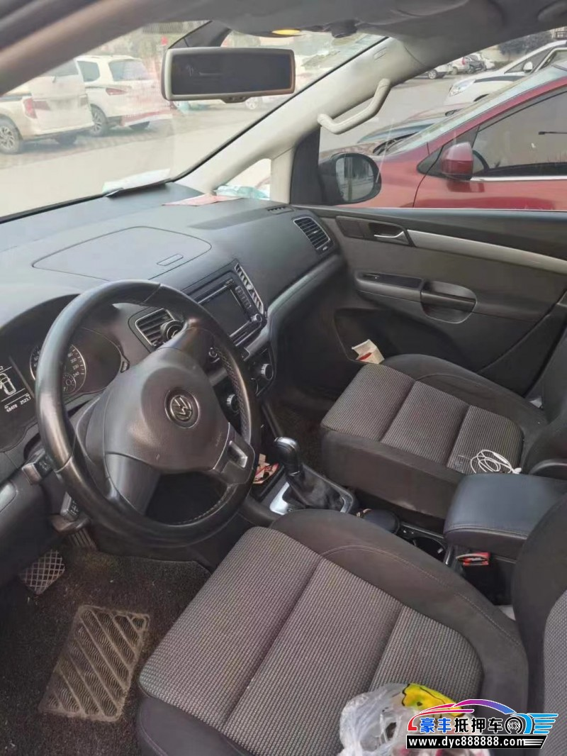 抵押车出售16年大众夏朗MPV