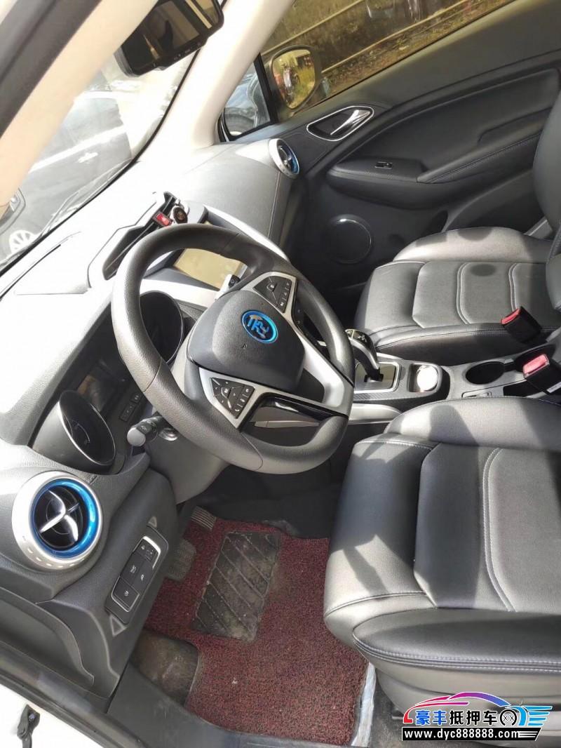 19年比亚迪元SUV抵押车出售