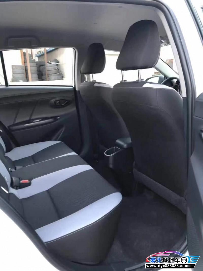 抵押车出售20年丰田YARiS L 致炫轿车