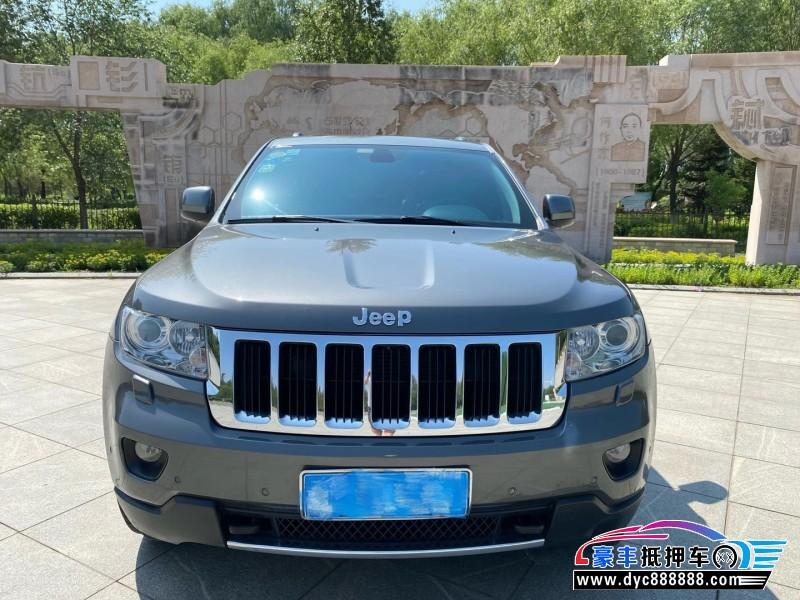 抵押车出售13年Jeep大切诺基SUV