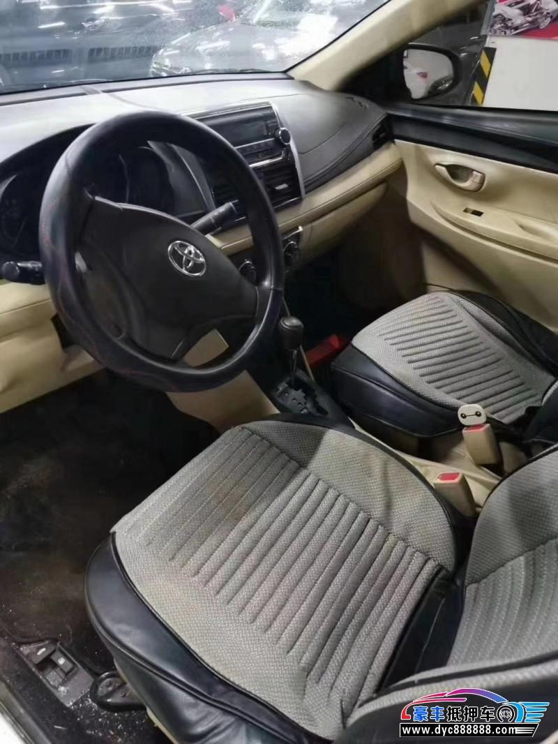 15年丰田威驰轿车抵押车出售
