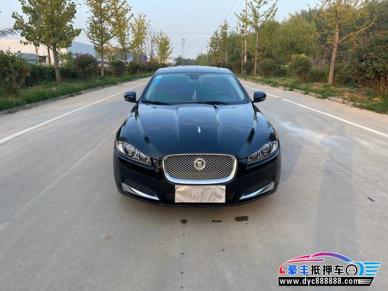 11年捷豹XF轿车抵押车出售