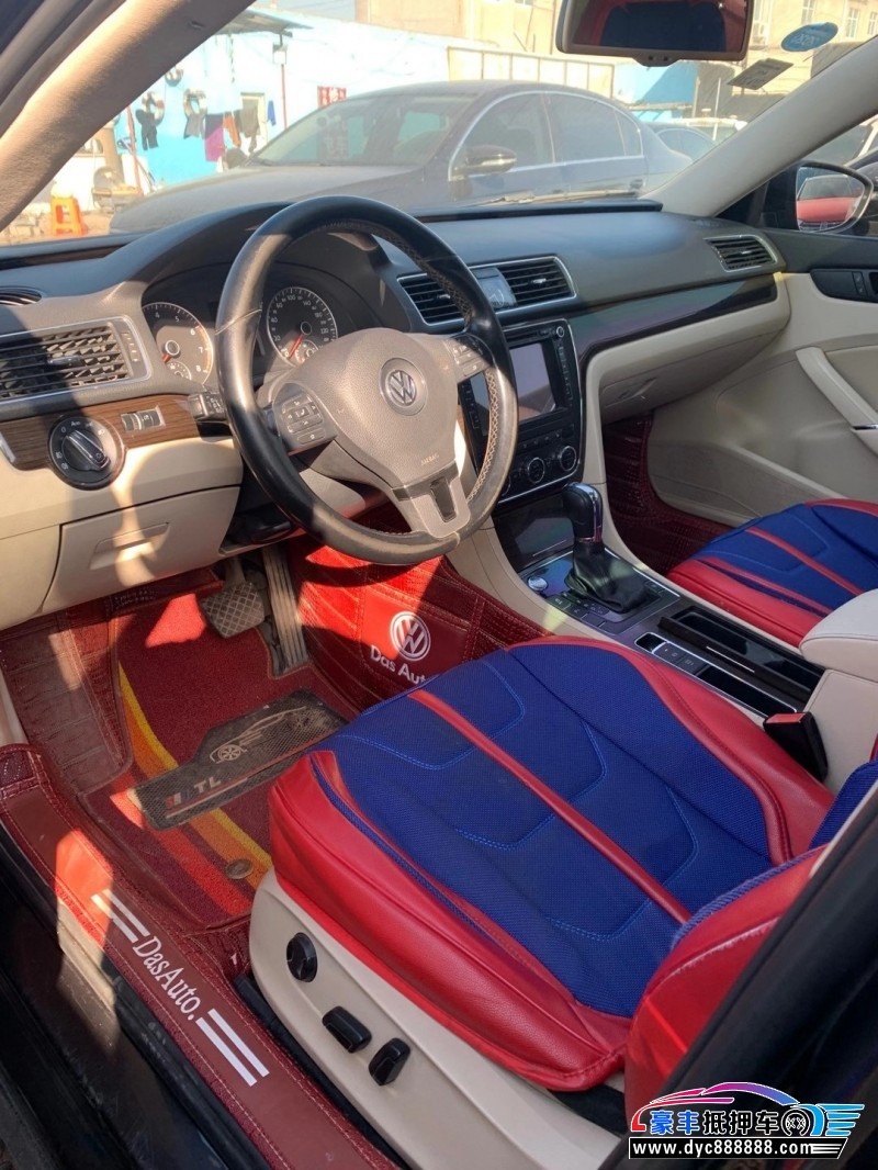抵押车出售14年大众帕萨特轿车