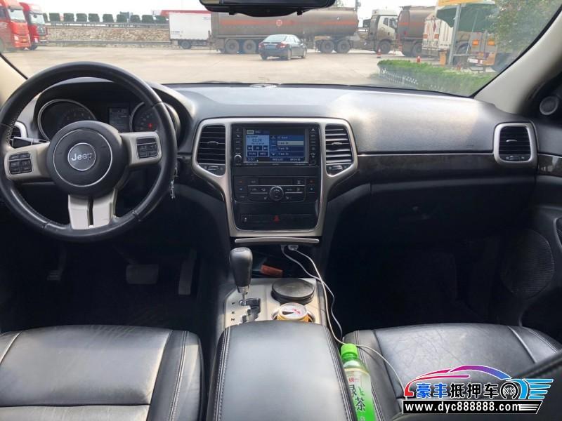 13年Jeep大切诺基SUV抵押车出售